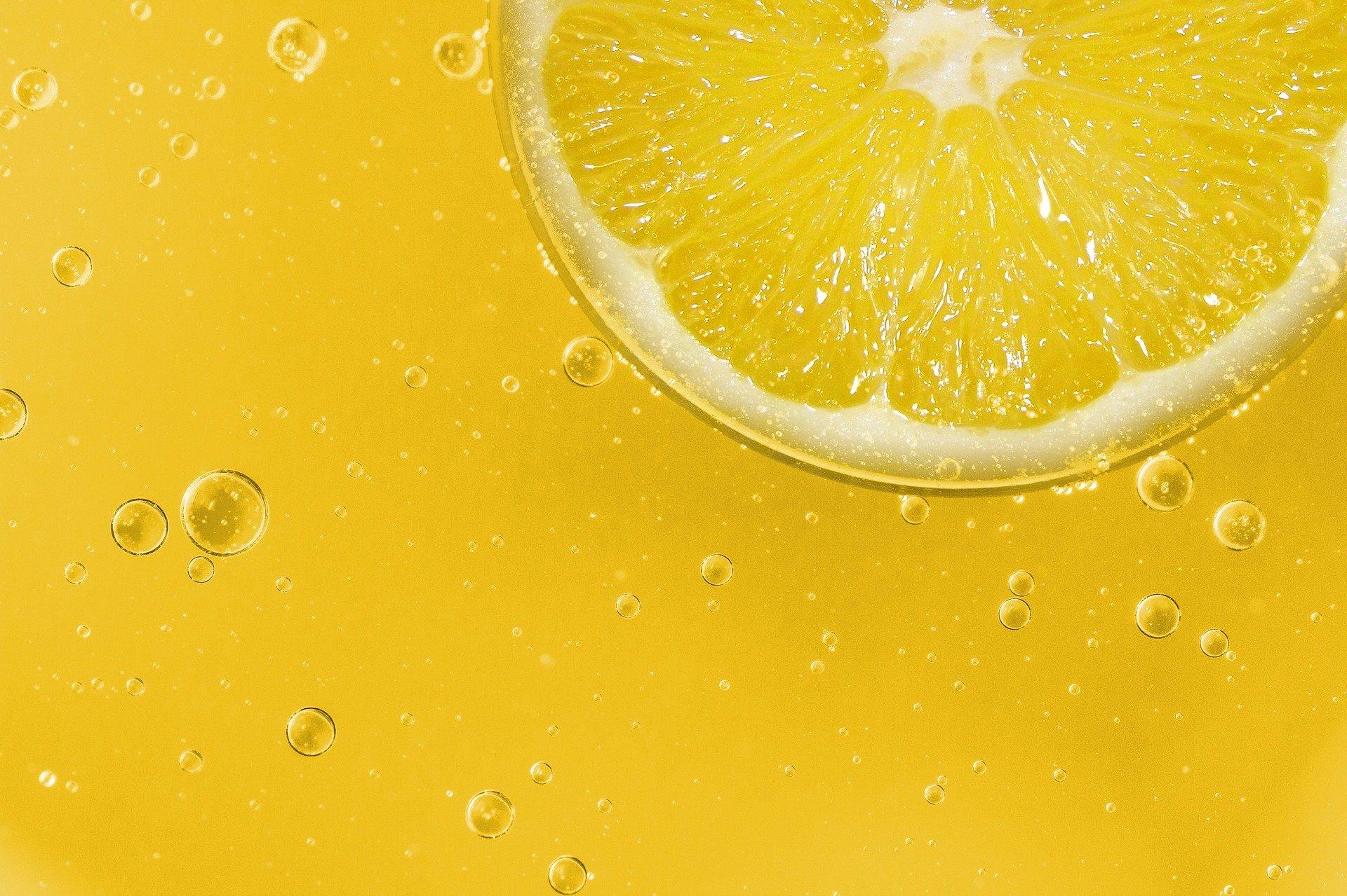 Limon ile Cilt Temizleyen Maske Nasıl Yapılır?