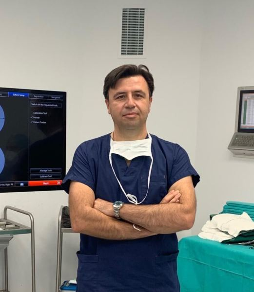 Doç. Dr. Aydın Aydoseli
